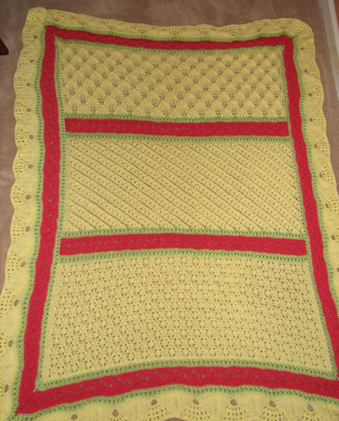 Simple Crochet Baby Blanket - A Free Pattern For a Crocheted Baby