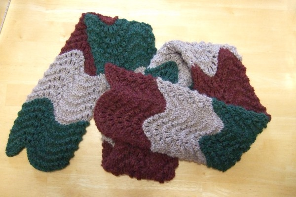 Magic scarf pattern in Women's Scarves / Shawls - Compare Prices