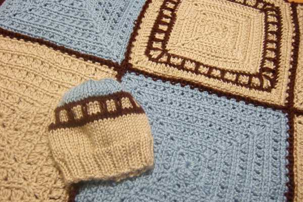 Knitting Pattern Train Blanket : Train Track Baby Set - Afghans Baby Clothing Crocheted ...